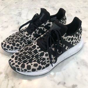 👟 New ADIDAS Leopard Swift Run Running Shoes 👟
